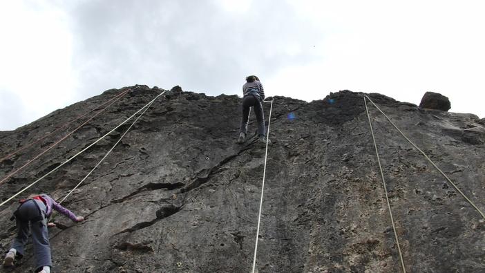 Escalade au rocher école de Beaudéan