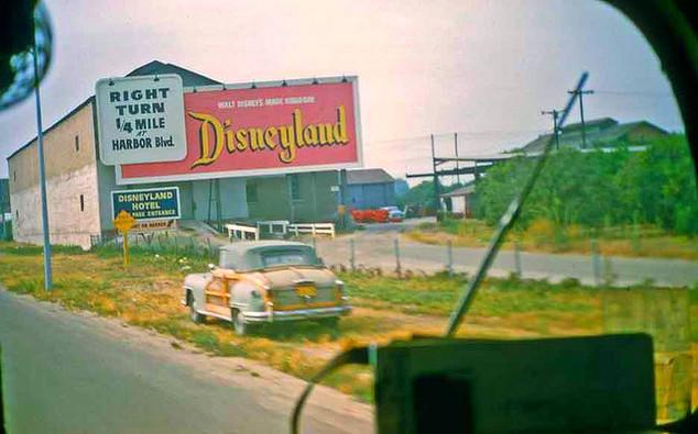 25 - 14 mi from Disneyland